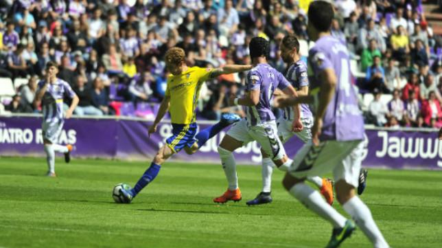 Álex Fernández en el partido ante el Valladolid