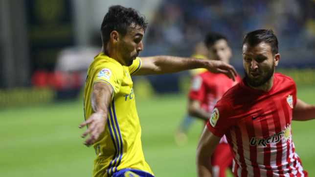 Barral fue titular frente al Almería.