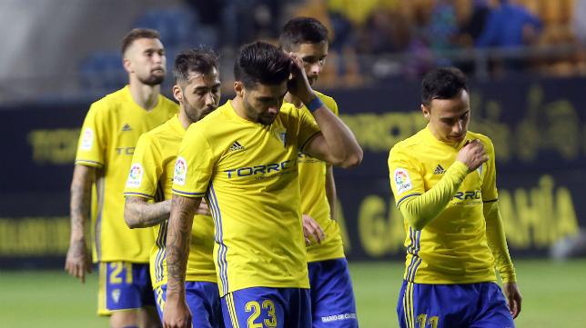 El equipo amarillo ha pagado el empate ante el Almería.