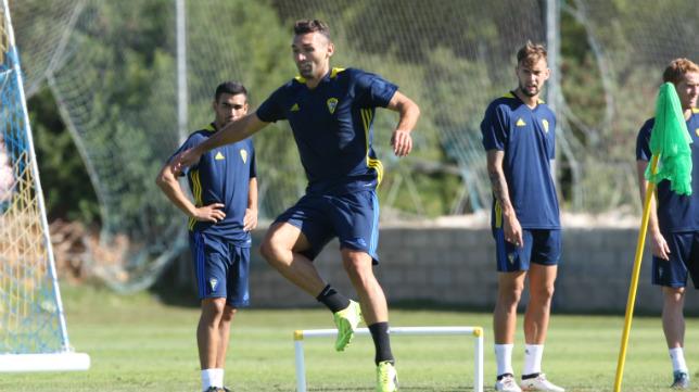 David Barral no volverá a vestir la camiseta del Cádiz CF.