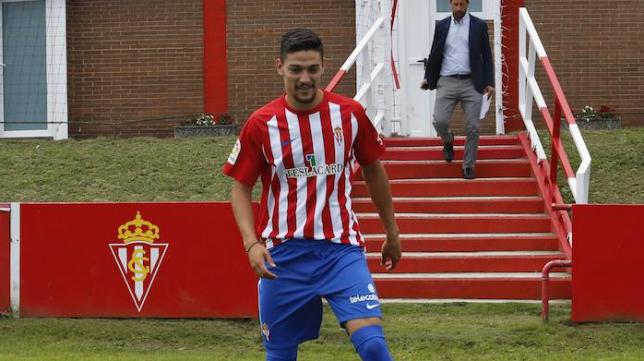 Fede Barba, defensa central del Sporting.