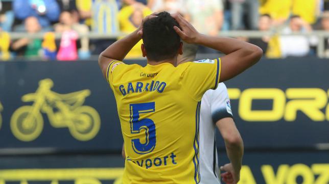 Garrido no podrá debutar todavía.