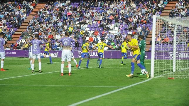 El gol de Servando en Valladolid puede ser determinante.
