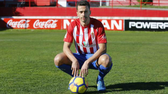 Hernán Santana, centrocampista insular del Sporting.