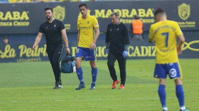 Ivan Kecojevic se tuvo que retirar lesionado ante el Sporting.