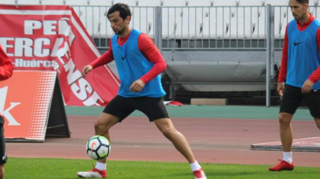 Tino Costa no juega desde diciembre.