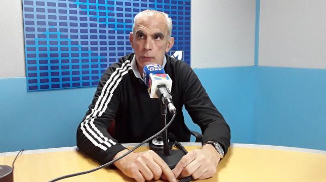 Andoni Cedrún cree que el Cádiz CF acude a la cita con mucha presión.