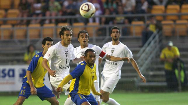 Cádiz CF y Albacete firmaron tablas en los dos encuentros del 'play off' de la 2011/12.