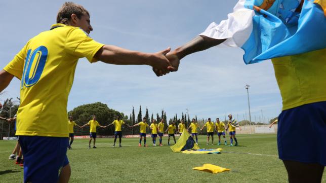 El Cádiz CF B celebró el campeonato del grupo X de Tercera la semana pasada.