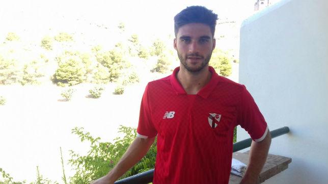 David Carmona se ha criado en la cantera del Sevilla.