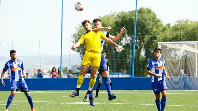 El Cádiz CF B salió victorioso ante el Alavés B (0-2).