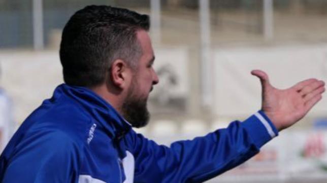 Néstor Pérez, entrenador de la SD Ejea.