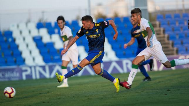 Manu Vallejo marcó un gol de bandera ante el Elche.