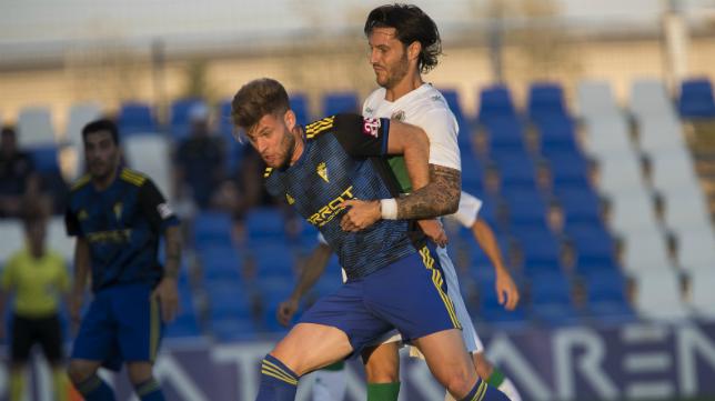 Mario Barco ya no forma parte del Cádiz CF.
