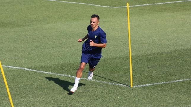 Álvaro García en su último entrenamiento como jugador del Cádiz CF