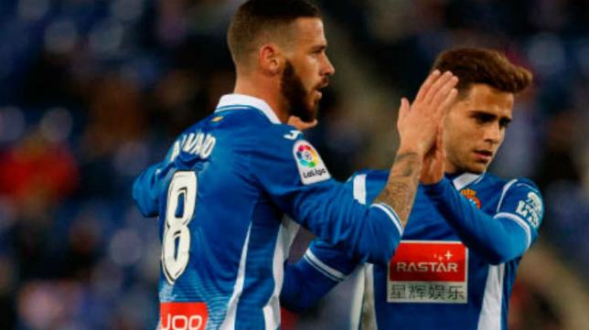 Álvaro Vázquez (8), con el Espanyol. Foto: Cope.