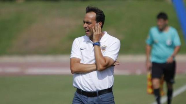 Fran Fernández, entrenador del Almería. Foto: Ideal.