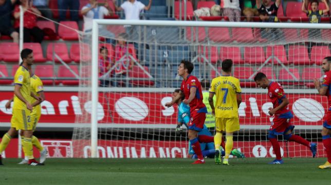 Guillermo marcó el gol del Numancia ante el Cádiz CF en la segunda jornada.