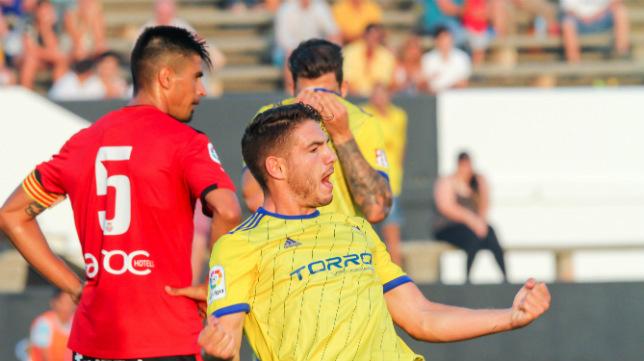 Manu Vallejo está causando sensación en este inicio de la temporada.
