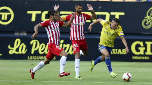 Manu Vallejo, en el Cádiz CF-Almería.