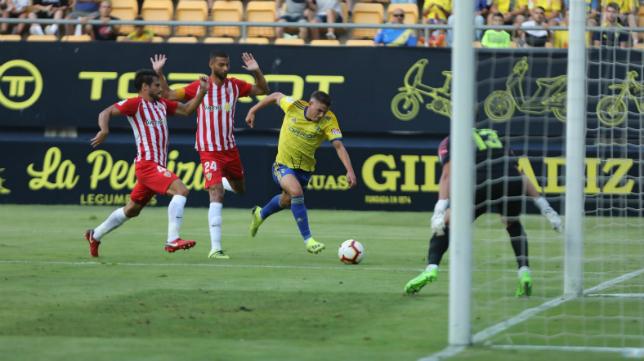 Manu Vallejo fue titular en el estreno liguero.
