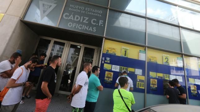 Los abonados del Cádiz CF han vuelto a no faltar a su cita.