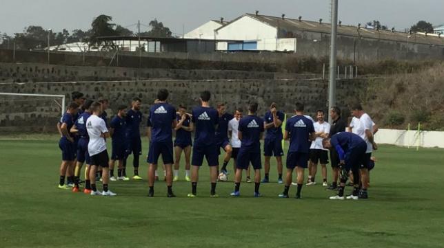 El equipo amarillo ha entrenado en Tenerife.