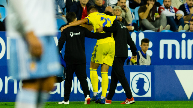 Carrillo se fue lesionado del partido