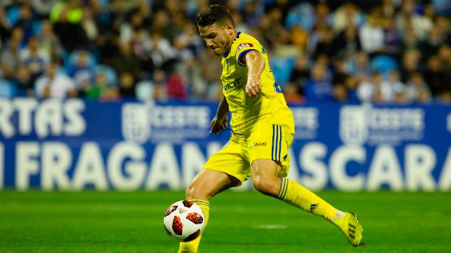 Manu Vallejo marcó el gol de la victoria en La Romareda.