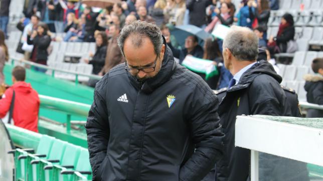 Álvaro Cervera sigue haciendo historia en el Cádiz CF.