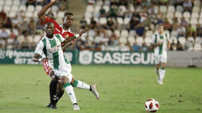 Blati Touré, centrocampista del Córdoba.