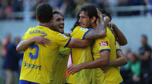 El Cádiz CF goleó al Elche en la jornada 12.