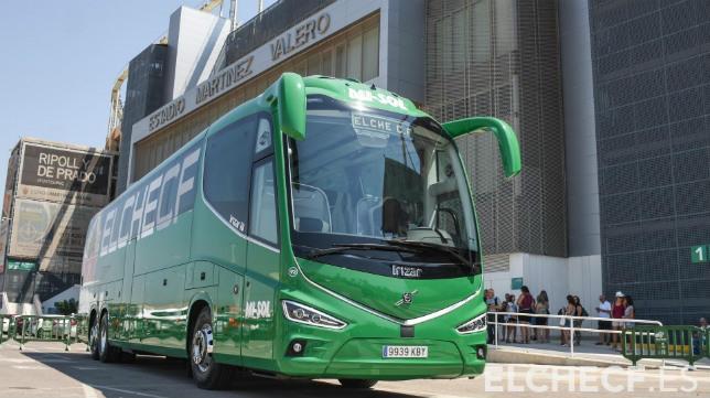 El autobús oficial del Elche.