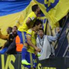 Lekic y Agra celebran el primer gol del Cádiz CF ante el Espanyol.
