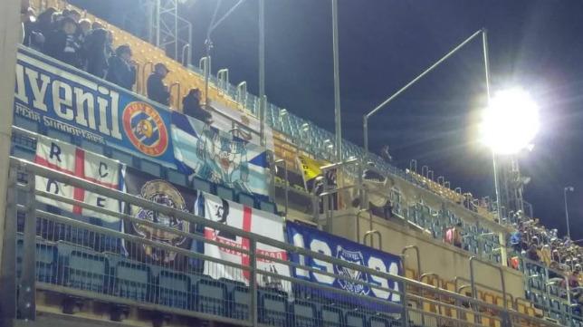 Los hinchas del Espanyol vieron el partido en preferencia.