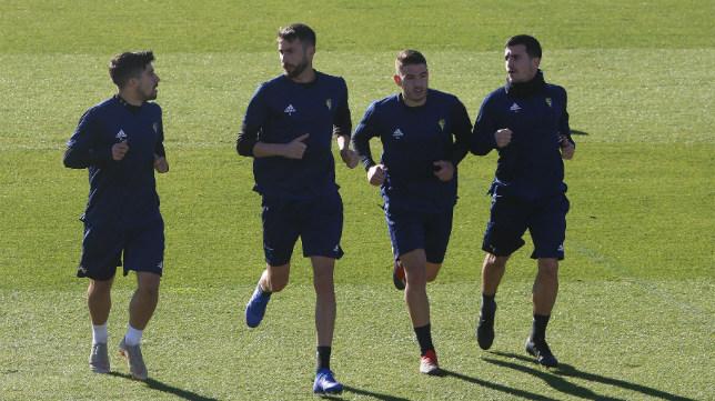 Jairo Izquierdo, José Mari, Manu Vallejo y el descartado Matos, en un entrenamiento celebrado en El Rosal.