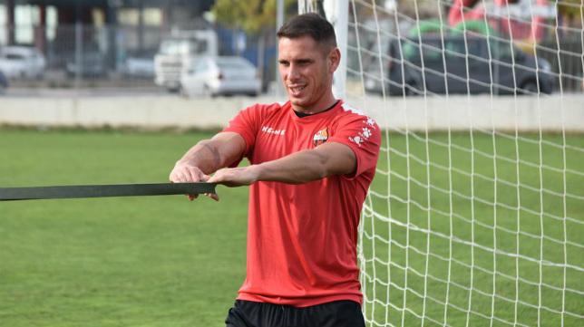 David Querol, en un entrenamiento con el Reus.