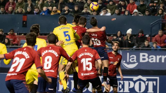 Garrido recibió una cartulina amarilla en El Sadar.