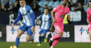 El Málaga pudo con el Lugo en La Rosaleda (2-1).