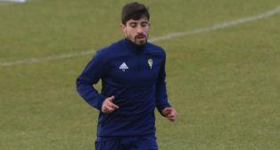 Jairo Izquierdo entrena en El Rosal en una sesión de la semana pasada.