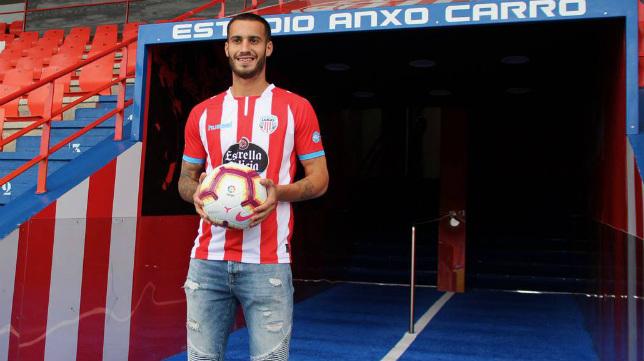 Lazo seguirá de rojiblanco, aunque cambiará Lugo por Almería.