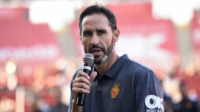 Vicente Moreno se dirige a su afición.