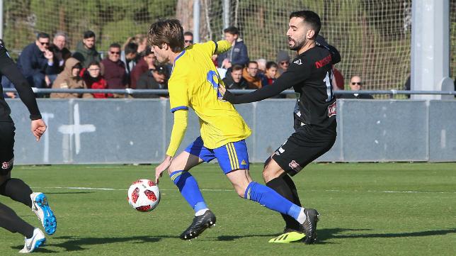 El Cádiz CF B quiere volver a ganar.