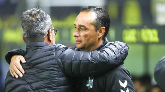 José Luis Oltra y Álvaro Cervera, ante del duelo.
