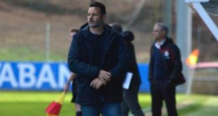 Mere es el entrenador del Fuenlabrada. Foto: CF Fuenlabrada.
