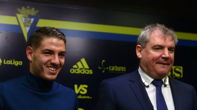 Manu Vallejo junto a Manuel Vizcaíno.