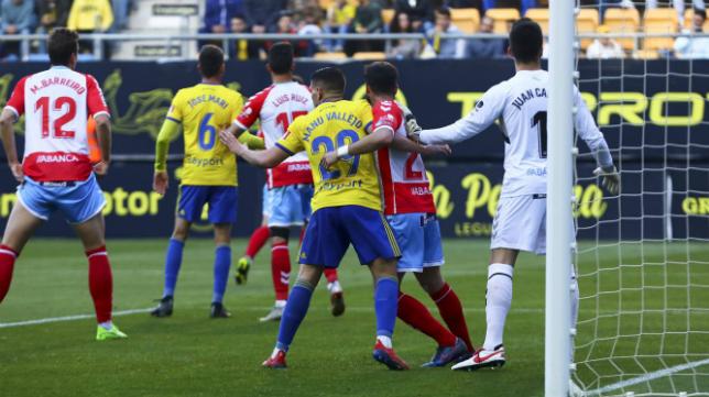 Cádiz CF y CD Lugo firmaron las tablas en el Estadio Ramón de Carranza.