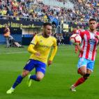 Correa persigue un balón ante el Lugo el mismo día que protagonizó el incidente en el parking.