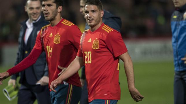 Manu Vallejo ya ha jugado dos encuentros con 'La Rojita'.