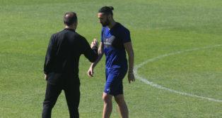 Sergio Sánchez sigue con molestias físicas.